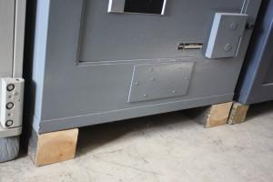 Blog, Install safes 002
