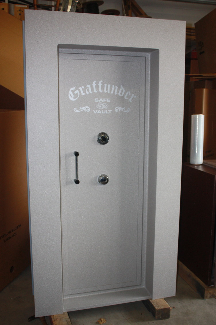 Even though this is Graffunder\u0027s smaller size and lightest construction it still weighs 1300# and has plenty of strength built into it. The door is ½\u201d solid ... & Vault Doors by Graffunder | Tom Ziemer