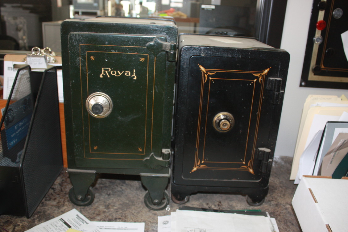 antique safes Archives | Tom Ziemer