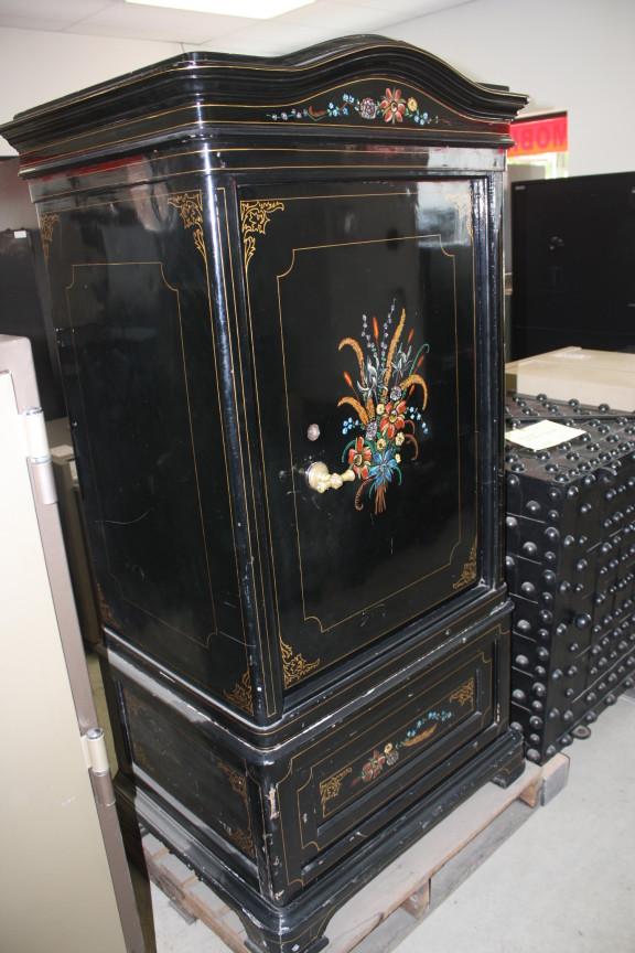 antique safes Archives | Tom Ziemer